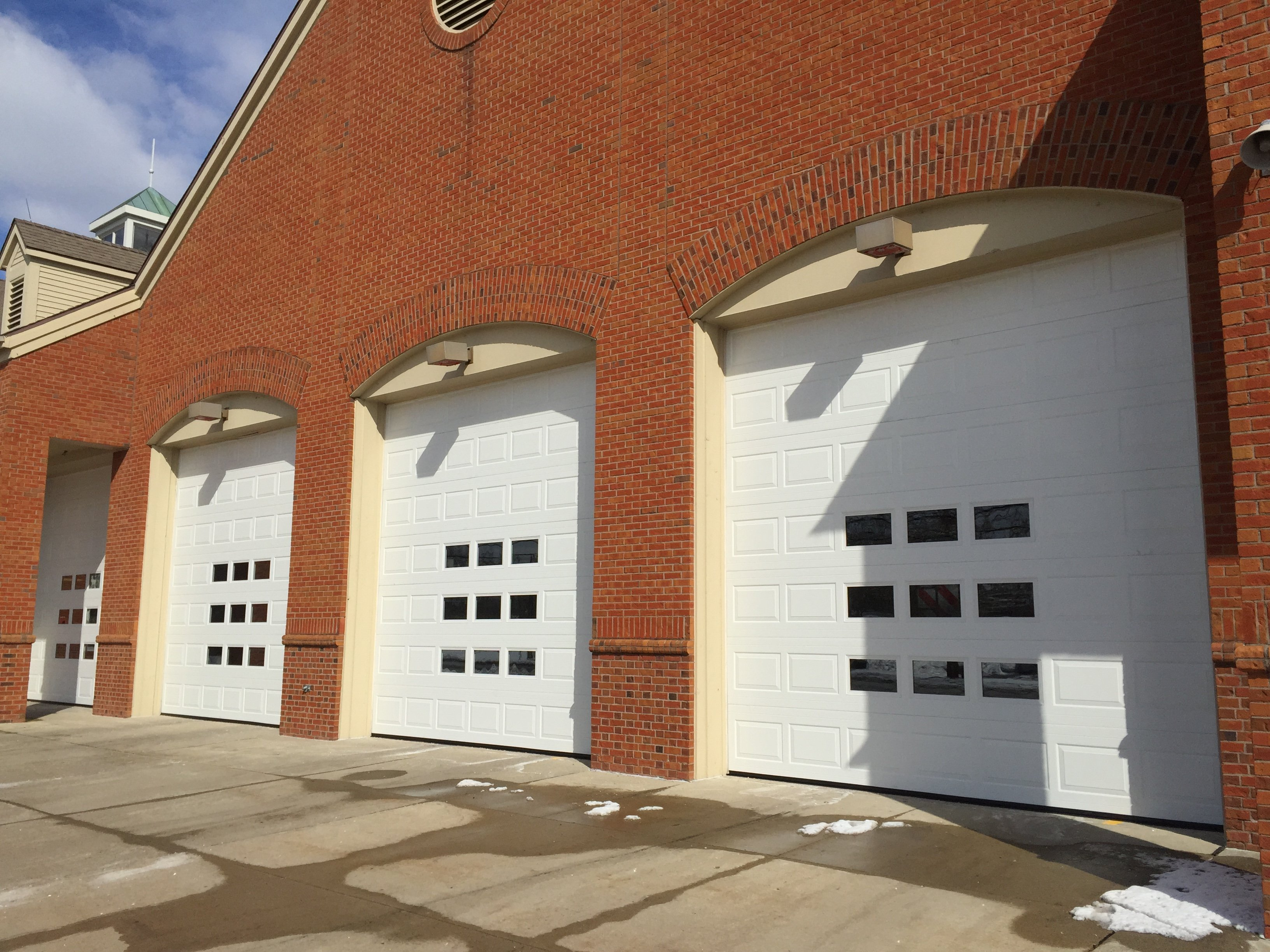 Commercial garage door service in columbus 614 873 3905 for Dublin garage door repair