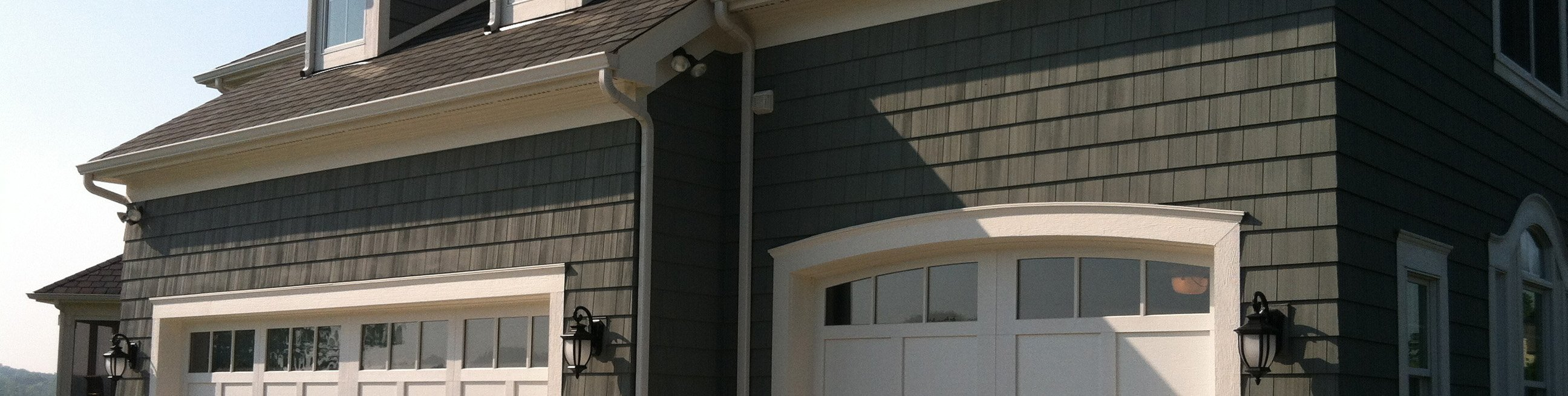 Commercial products rubbair doors nofziger garage doors for Dublin garage door repair